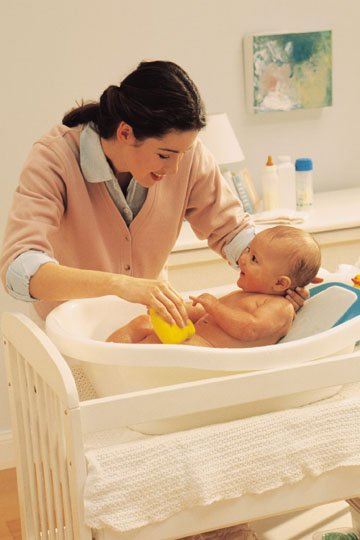 Особенности ухода за ребенком в домашних условиях
